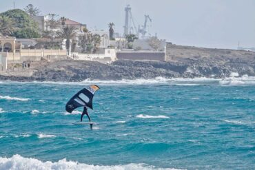 Guide to wing foiling in Tenerife