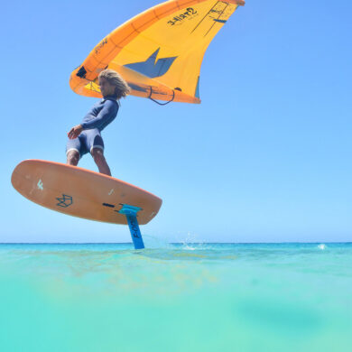 Editorial intro Wing Surf World